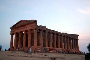 Uno dei templi della Valle dei Templi di Agrigento