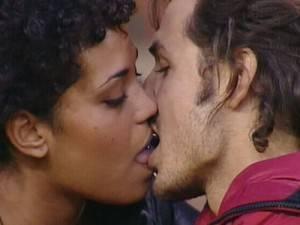 Bacio con lingua ad una amica 50enne - 2 part 1