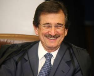 Cezar Peluso, presidente del STF e relatore della sentenza caso Battisti