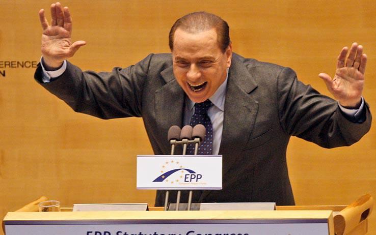 """Berlusconi contro i giudici che """"vorrebbero sovvertire il voto popolare"""""""