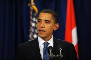 Barack Obama immortalato durante una conferenza stampa