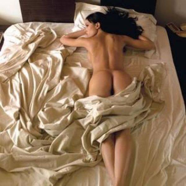 Belen Nuda Calendario.Belen Rodriguez O Francesca Fioretti Chi E La Migliore