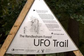 http://www.newnotizie.it/wp-content/uploads/2011/08/suffolk-ufo-294x196.jpg