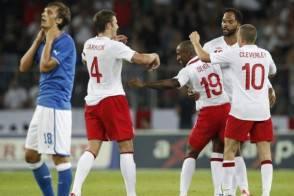 Amichevole, Italia-Inghilterra 1-2: De Rossi illude, Defoe ...
