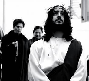 gesu cristo faceva uso di cannabis 294x266 Gesù si faceva le canne, uno studio lo dimostra