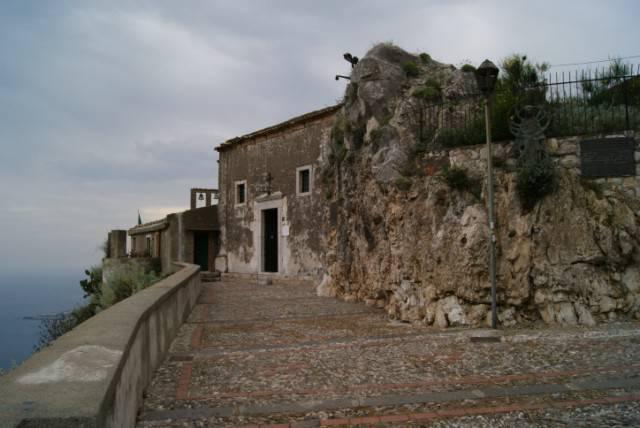 L'Accademia del Sacro di Taormina e la passione degli ospiti in un giorno invernale in piena primavera