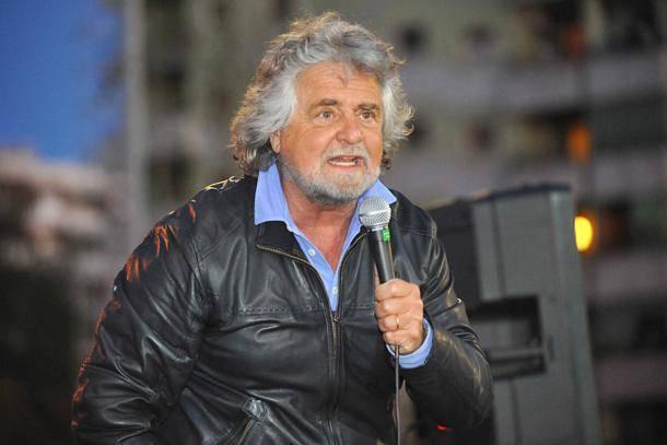 Grillo ai giornalisti infestate il parlamento i deputati for Parlamento 5 stelle