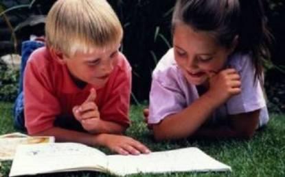 bambini_che_leggono