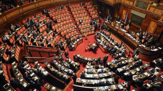 Cambia il senato forse l 39 italia no for Senato italia