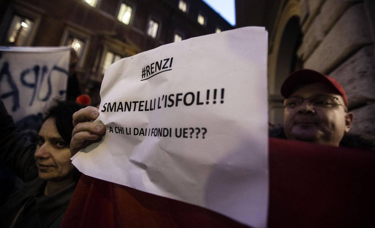 Protesta Isfol