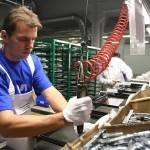 Eurostat: un'ora di lavoro in Italia costa più di 28 euro. Ma a pesare tanto sono i contributi