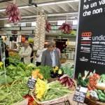La spesa degli italiani tra mercatini, supermercati e Web