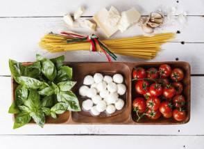 Green basil, white mozzarella, red tomatoes, parmesan and spaghetti