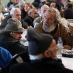 Istat: il numero dei poveri non cresce, ma resta alto