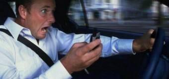 Codacons: il telefonino causa più incidenti dell'alcol