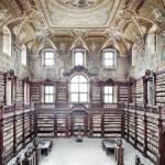 Napoli: code chilometriche per visitare la Biblioteca dei Girolamini