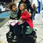 Claudia Galanti insieme ai figli a Parigi, e gli attentati?