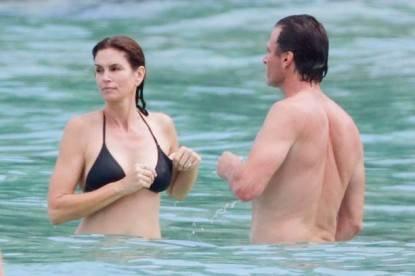 cindy crawford in bikini