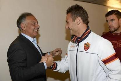 Calcio: Totti incontra Pallotta, in ballo futuro n.10