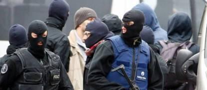 polizia-belgio-terroristi-isis-attentati-molenbeek-734413