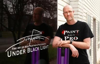 John Poppleton, il re del bodypainting fluorescente