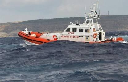 Guardia-Costiera-soccorsi-naufragio-697x445