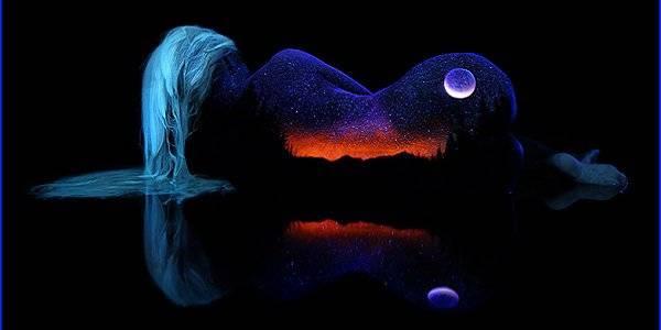 Bodypainting fluorescente, l'arte d John Poppleton