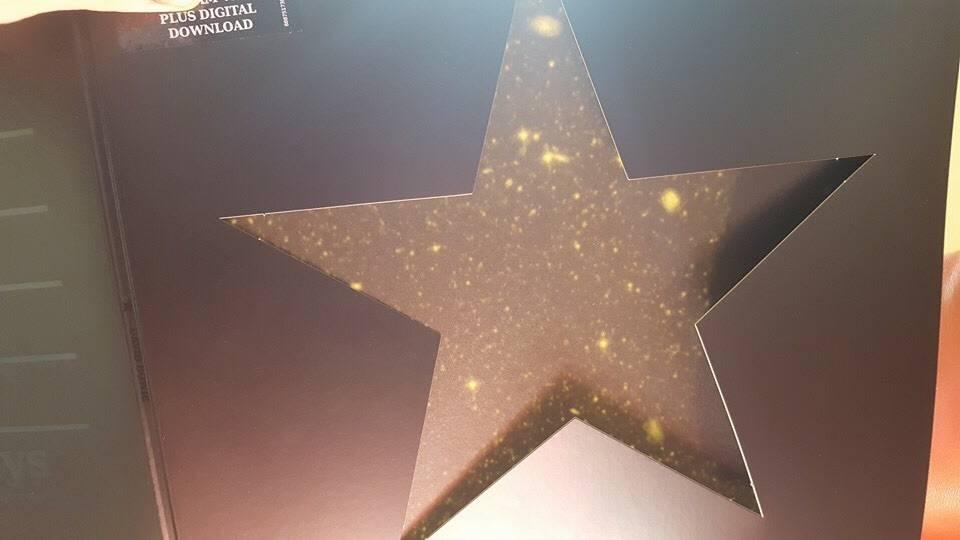 Blackstar, il vinile di Bowie si illumina di stelle quando viene esposto al sole