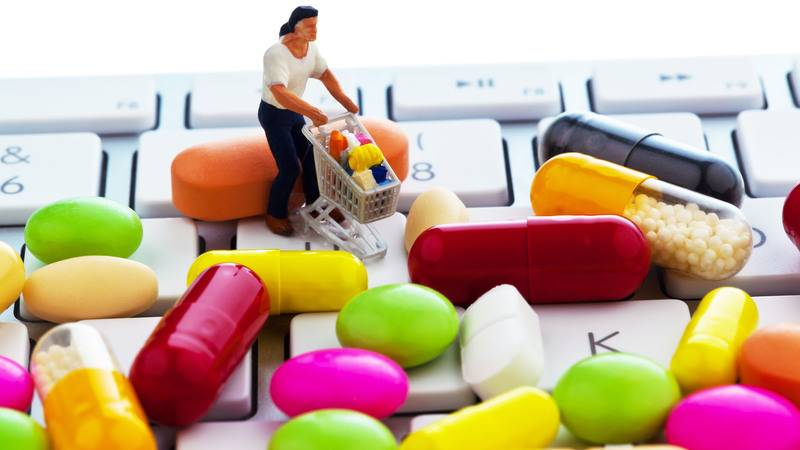 prare farmaci online Ecco tutti i rischi