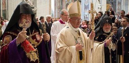 Papa-armeni-genocidio-20150413101841
