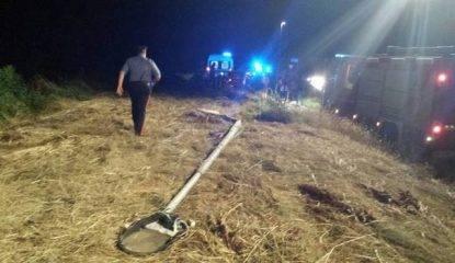 17enne morto e tre feriti in incidente