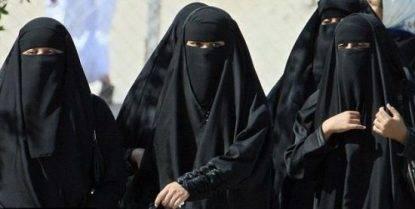 La Germania cerca un accordo per vietare il burqa