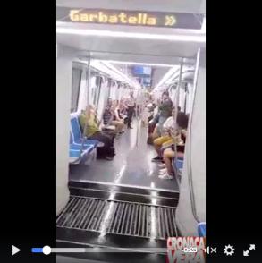 Pioggia Vagone Metro B