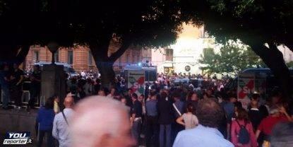 Manifestazioni contro Renzi