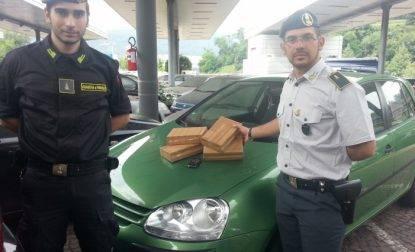 Maxi sequestro di droga al valico di Brogeda