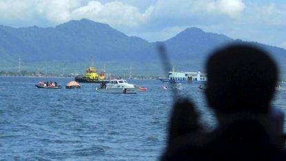 Esplode un battello di turisti a Bali, morti e feriti
