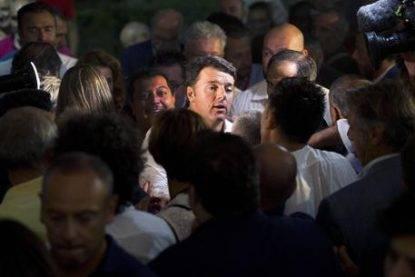 Renzi alla festa dell'Unità a Lecce, Italicum si può cambiare