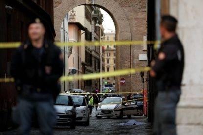 Roma, giù da palazzina a Borgo Pio: morta dirigente Rai