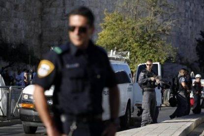 Palestinian attacker stabbs two Israeli police officers in Jerusalem