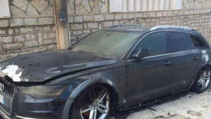 L'auto bruciata di Cosmi
