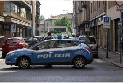 Soldi per evitare controlli e multe Arrestati tre agenti della Polstrada