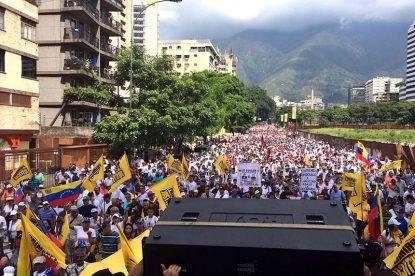 Venezuela, il Parlamento approva l'inchiesta contro il presidente Maduro