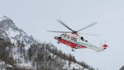 Due dispersi sul Monte Bianco, ricerche in corso. Verifiche su una valanga