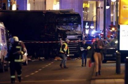 Camion contro il mercatino di Natale, ci sono morti e feriti