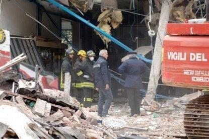 Venezia, esplosione in un distributore di benzina: un morto