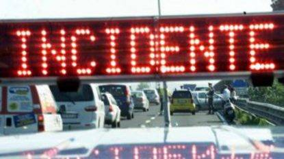 Torino, operaio ucciso in autostrada, Cgil: