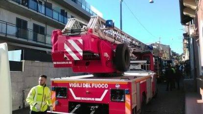 Esplosione in palazzina Catania, due feriti non gravi