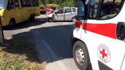 Osimo, incidente con lo scuolabus. Sei bambini all'ospedale