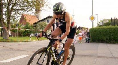 È morta Julia Viellehner: la triatleta era stata travolta da un camion