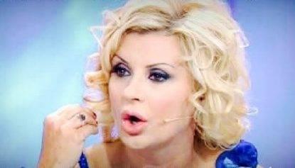Gossip Uomini e Donne: Tina Cipollari e l'addio allo storico programma